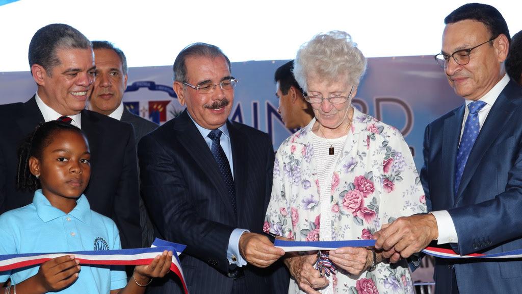 SPM y La Romana reciben 133 nuevas aulas para Tanda Extendida
