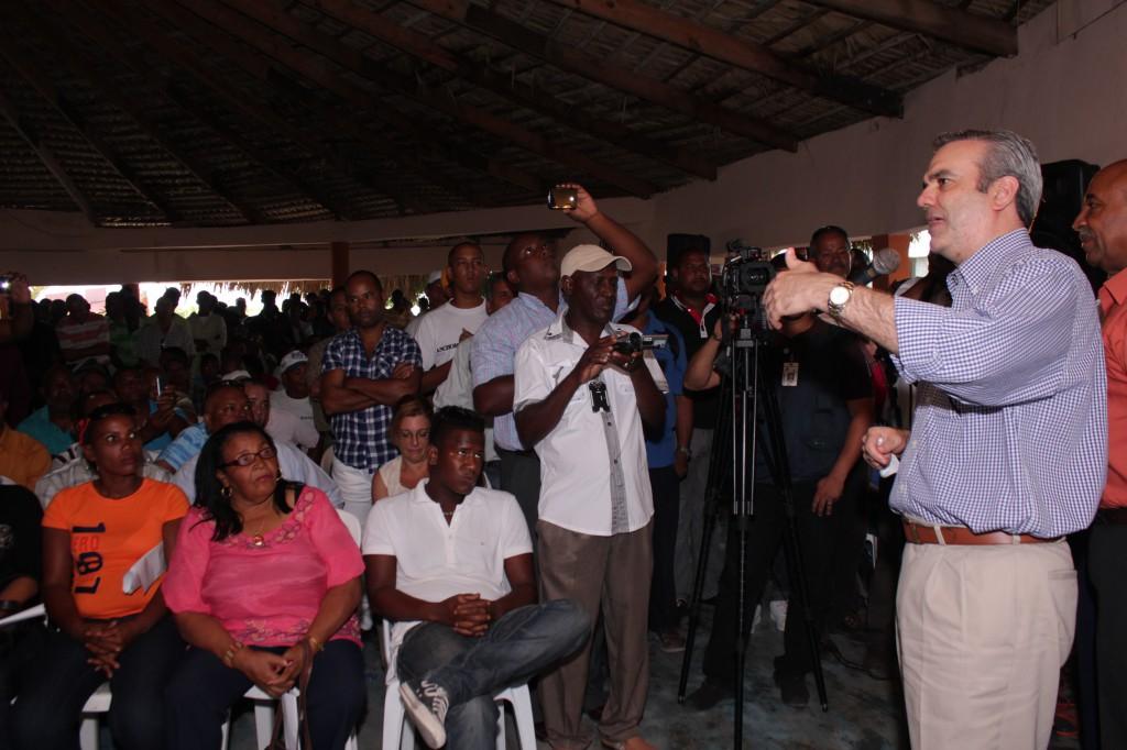 Chikungunya desnuda Inoperancia del sistema de salud, dice Abinader