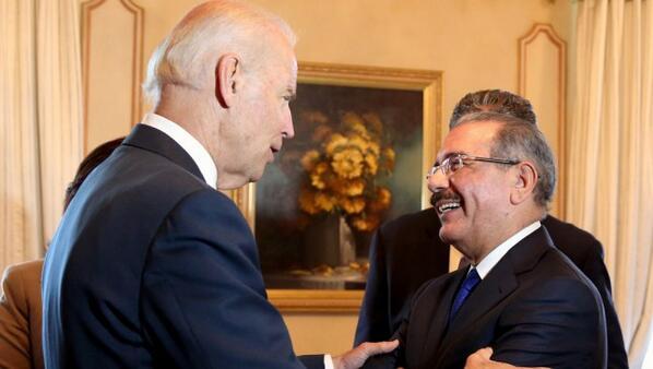 Visita de vicepresidente Joe Biden concluye en embajada americana