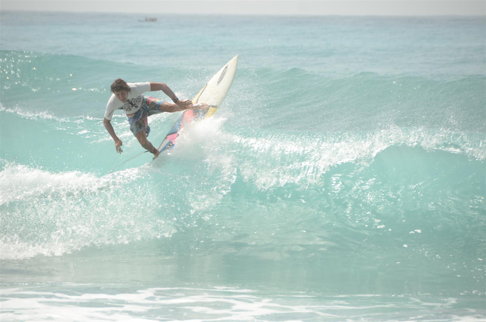 "Realizarán torneo ""Barahona International Surf Championship"""