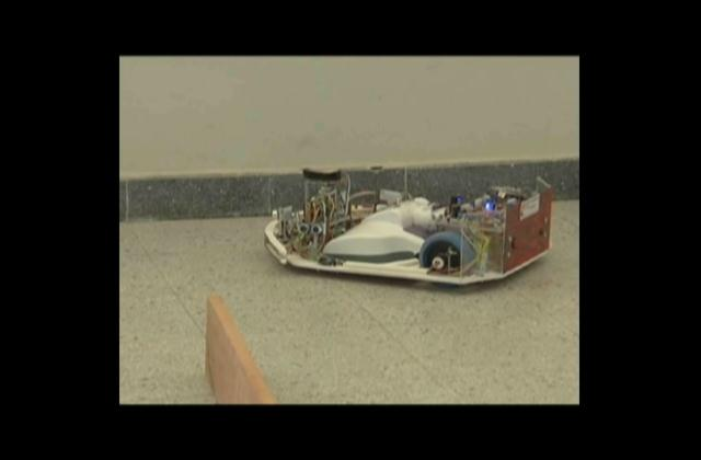 Presentan prototipo de robot que podría facilitar las labores del hogar