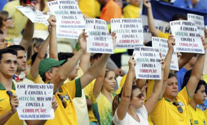 Brasil resta importancia a protestas contra Mundial