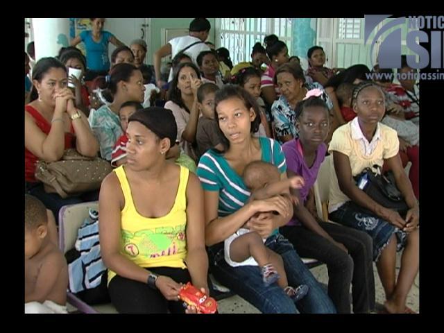 Personas acuden desesperadas  a los hospitales por síntomas del chikungunya
