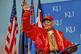 Fallece último guardián del código navajo luchó en II Guerra Mundial