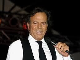 Julio Iglesias en show íntimo en Hard Rock Hotel Punta Cana