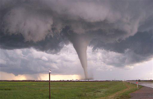Al menos cuatro muertos y varios heridos por tornado en Misisipi, EEUU
