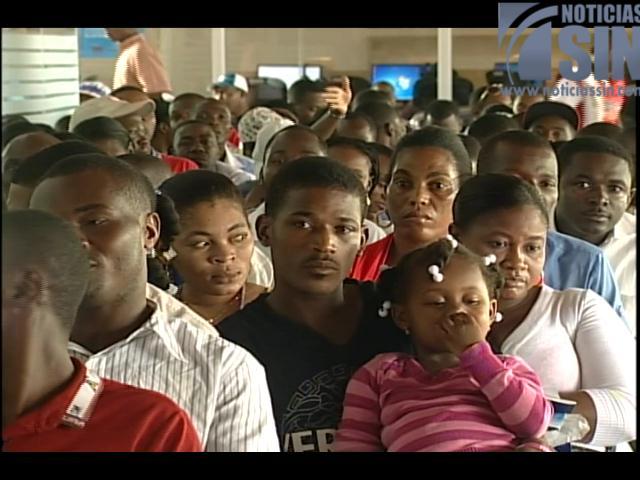 Más de seis mil extranjeros ya se inscribieron para regularización