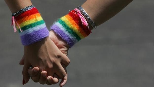 La música celebra su fuerza para normalizar la homosexualidad en el arte