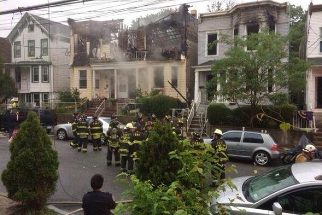 Incendio en Nueva York deja 34 heridos