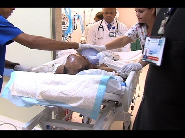 En estado crítico dirigente del PRI herido de bala durante trifulca