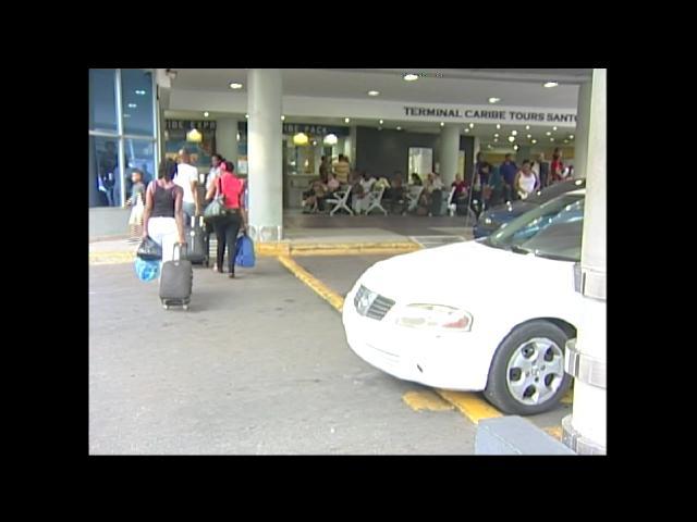 Piden a autoridades puertorriqueñas no aumentar impuestos en envío de remesas