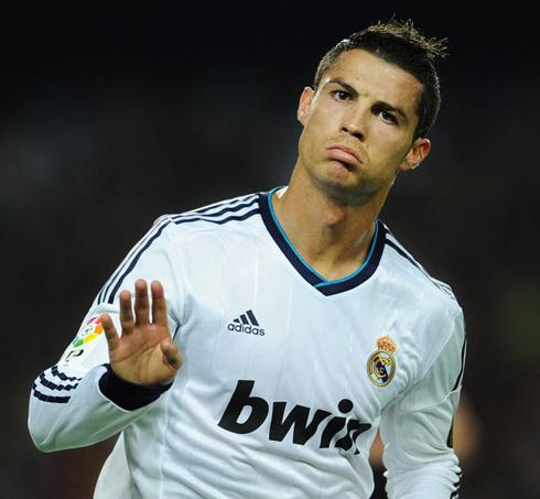 Ronaldo, bajo tratamiento específico para su reintegración en la selección