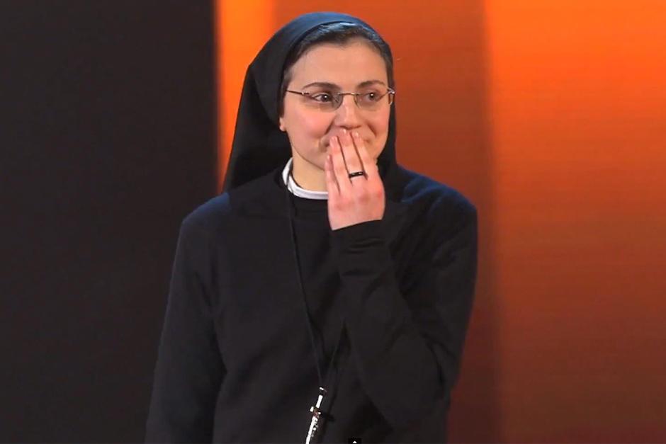 La monja Sor Cristina, a un paso de ganar el concurso