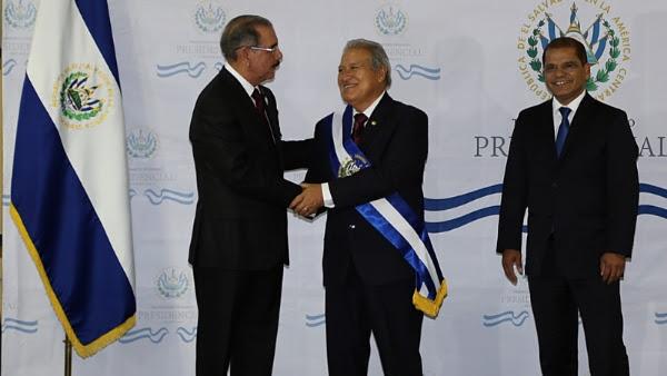 Danilo Medina participa en la investidura presidencial de Salvador Sánchez
