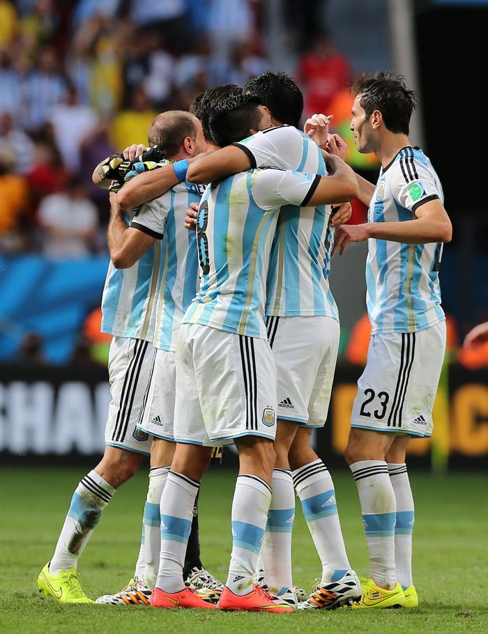 Argentina gana 1-0 a Bélgica