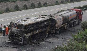 Al menos dos muertos en la explosión de un autobús en el sur de China