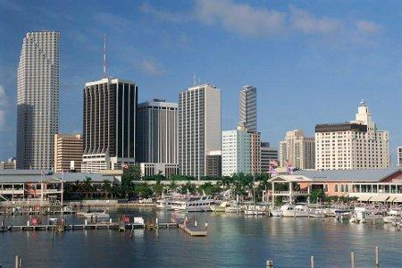 Miami con los arriendos más caros en relación a salarios en EEUU