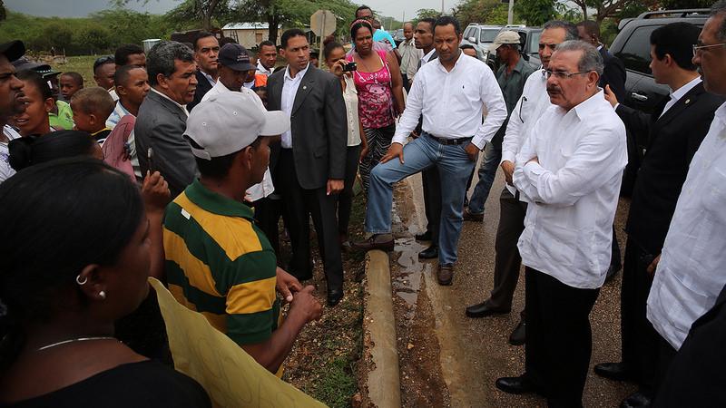 Medina aprovecha visita a Oviedo para reunirse con comunitarios