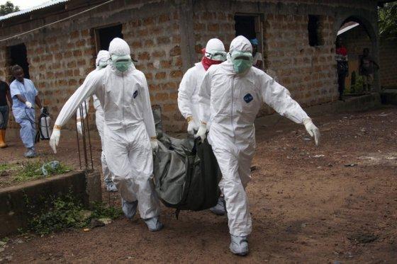 EE.UU. evacúa a familiares de diplomáticos en Sierra Leona por virus de ébola