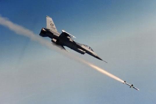 EE.UU. despliega nuevo ataque aéreo en alrededores de presa de Mosul