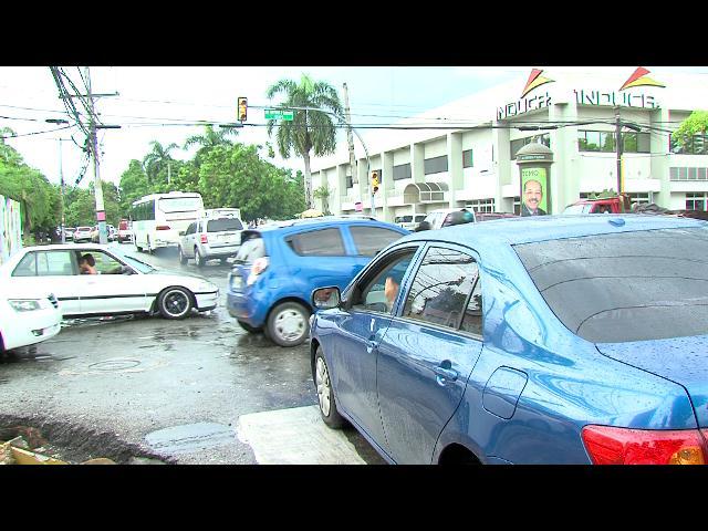 Semáforos continuarán dañados durante el fin de semana
