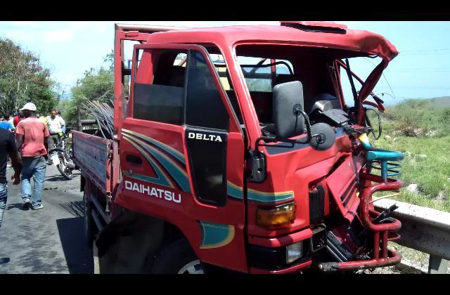 Al menos seis muertos en tres accidentes de tránsito diferentes