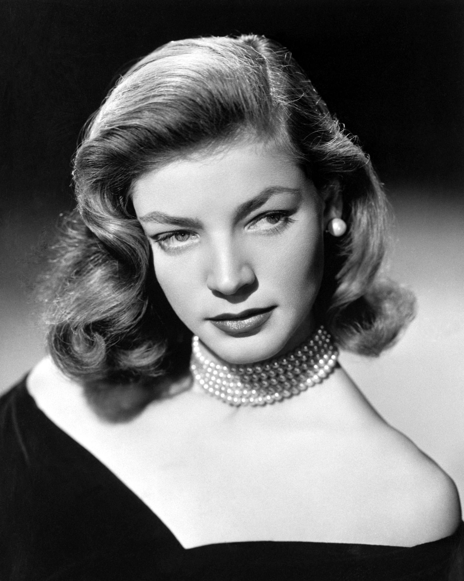 Y el cielo silbó a Lauren Bacall
