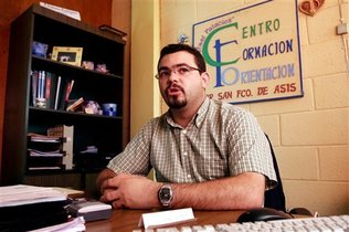 Sacerdote español acusado de apoyar a pandillas salvadoreñas recurrirá a CIDH