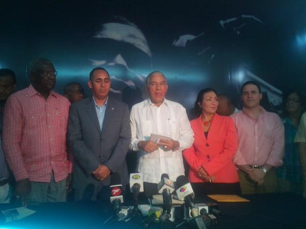 PRM elige a Nelson Arroyo como su vocero en la Cámara de Diputados