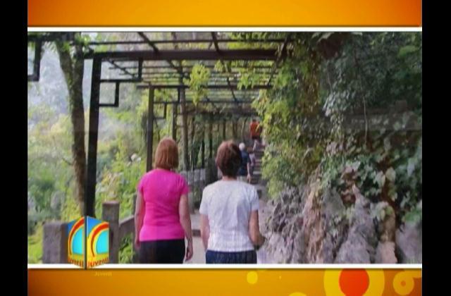 Conozca la maravillosa Cueva Flauta de Caña en China
