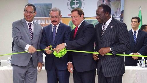 Medina encabeza inauguración edificio de Servicio Social Iglesias Dominicanas