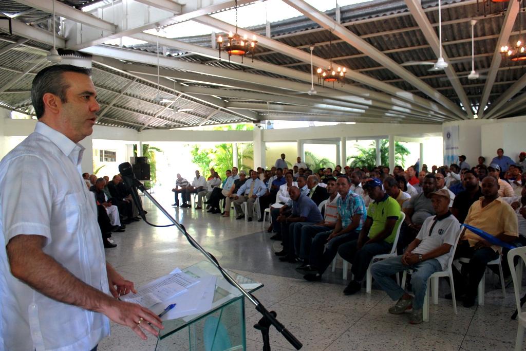 Luis Abinader: el PRM está de acuerdo con gobernabilidad sin complicidad