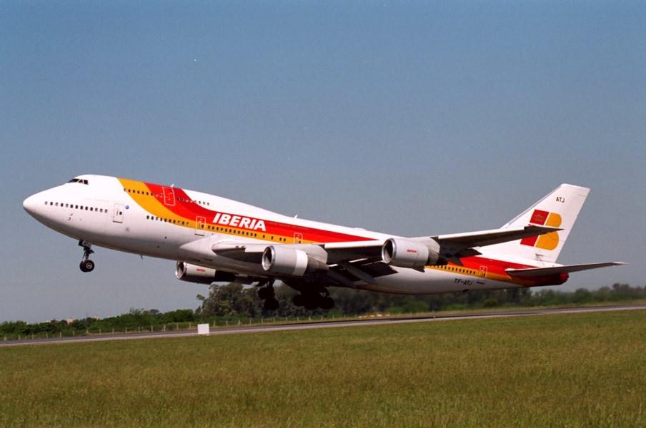 Iberia reinicia ruta Madrid-Santo Domingo tras más de un año de cierre