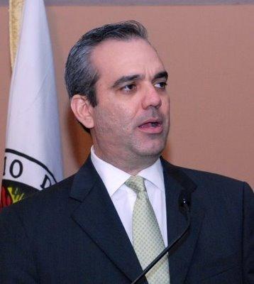 Ismael Reyes y Tomás Hernández apoyan opción de Luis Abinader en el PRM