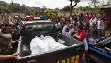 Hallan tres cadáveres junto a dos niñas heridas en una vivienda en Guatemala