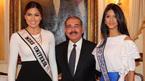 Presidente Medina recibe a Miss Universo y a Miss República Dominicana