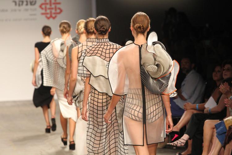 Innovadora moda hecha en impresión 3D