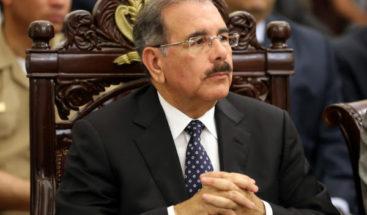 Danilo Medina expresa profundo pesar por muerte de Carlos Morales Troncoso