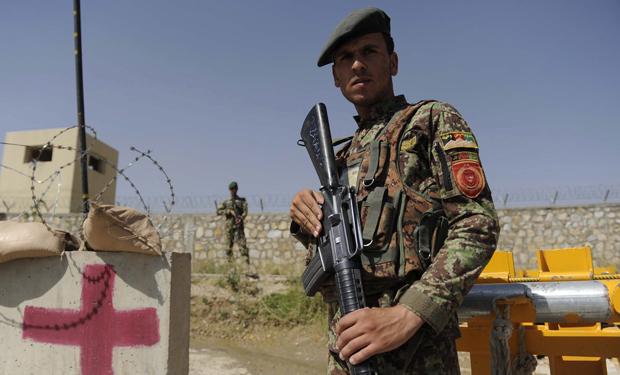 Identifican general de EE.UU. asesinado en Kabul como Harold J. Greene