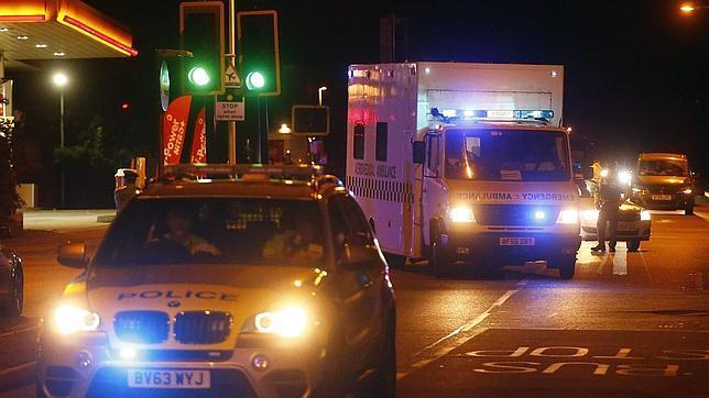 Llega a Reino Unido el británico enfermo de ébola