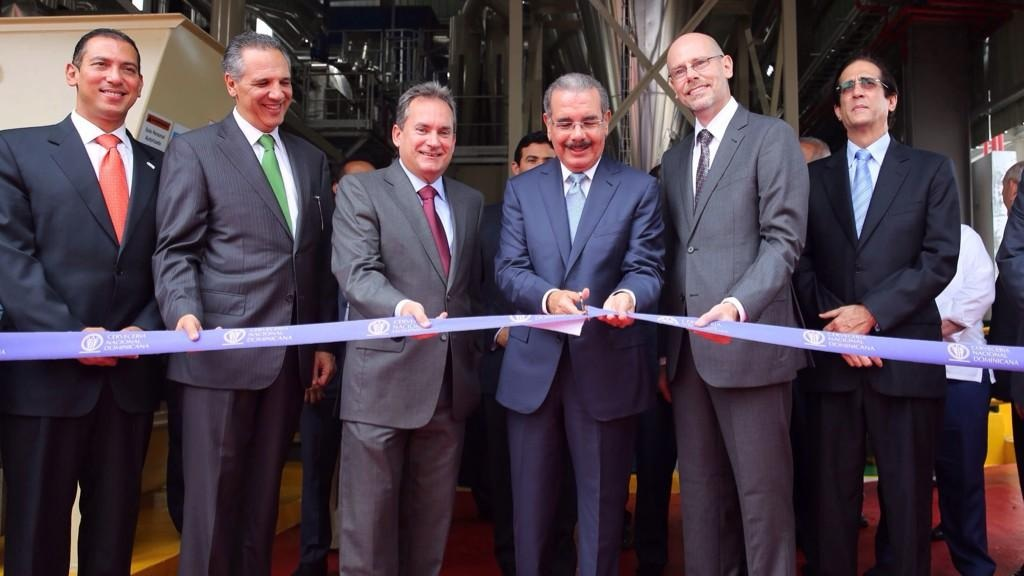 Presidente Medina encabeza inauguración de planta biomasa de La Cervecería