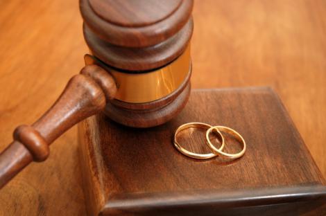 El Sínodo aprueba el documento final que incluye la apertura a divorciados