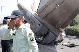 Ocho pasajeros sobreviven a un accidente aéreo en Teherán con 40 muertos