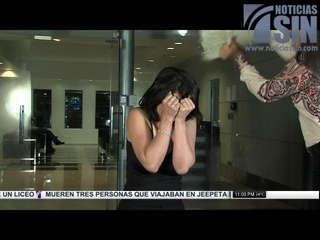 """Alicia Ortega  también toma """"ducha helada"""" por esclerosis y reta a Nuria Piera y a Marino Zapete"""