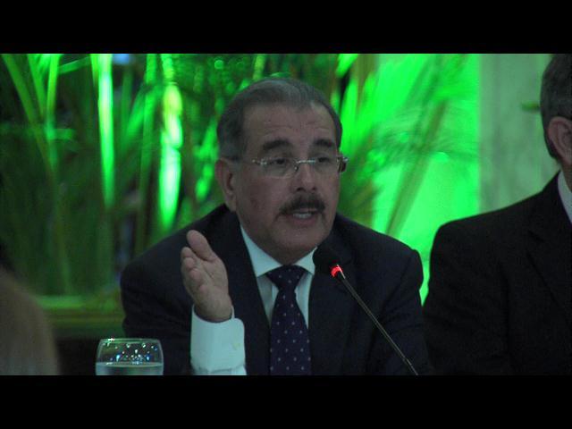 Medina descarta posibilidad de someter nuevo proyecto de reforma fiscal