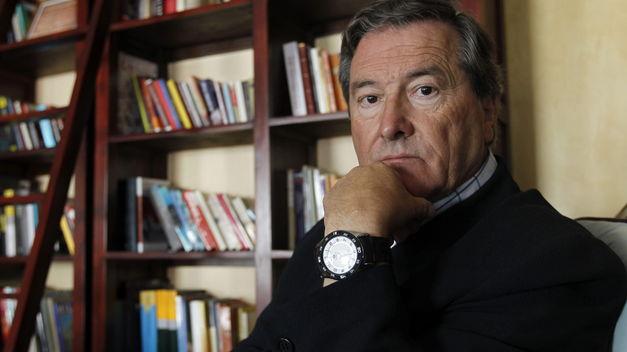 Benítez critica editoriales españolas por ignorar