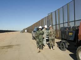 Dos hombres mueren al intentar cruzar frontera entre México y EEUU