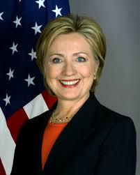 Cae ventaja de Clinton para las presidenciales de 2016, según encuesta