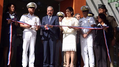 Danilo Medina encabeza inauguración centro de salud FF.AA.