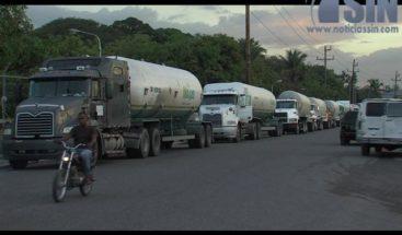 Transportistas de petróleo reclaman aumento salarial